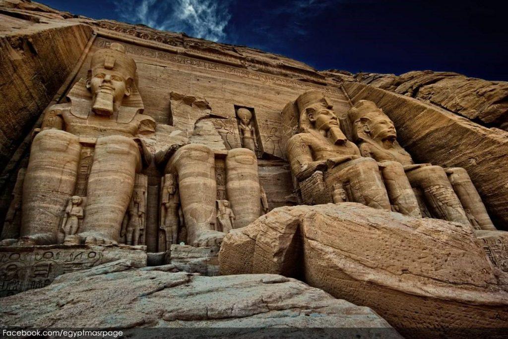მოგზაურობა აბუ-სიმბალის ტაძრებში.