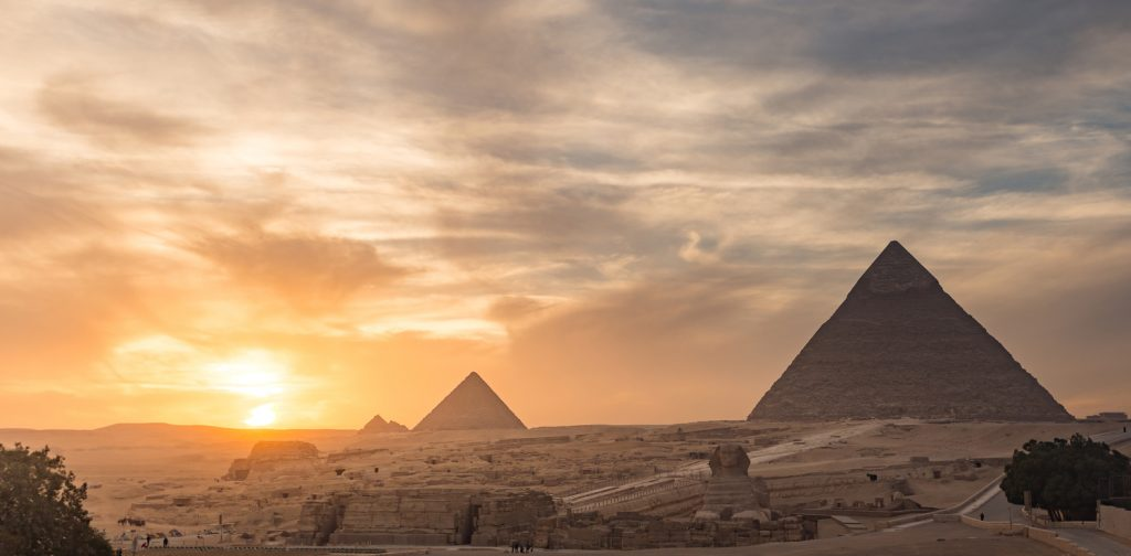One Day Trip to Cairo by plane