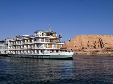 Crucero con motor Ibrim 5 Stars Lago Nasser Barco Crucero
