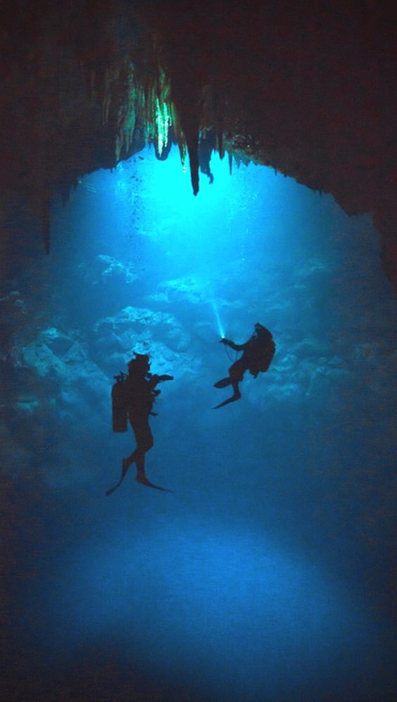 Cavern Diver Specialty Course