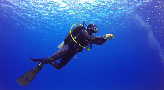 Fast Track Open Water Diver Level Course